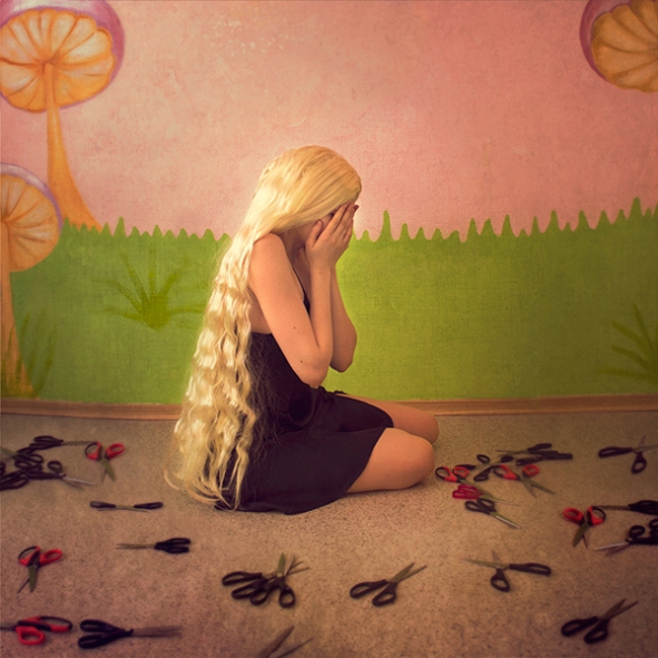 alice small-